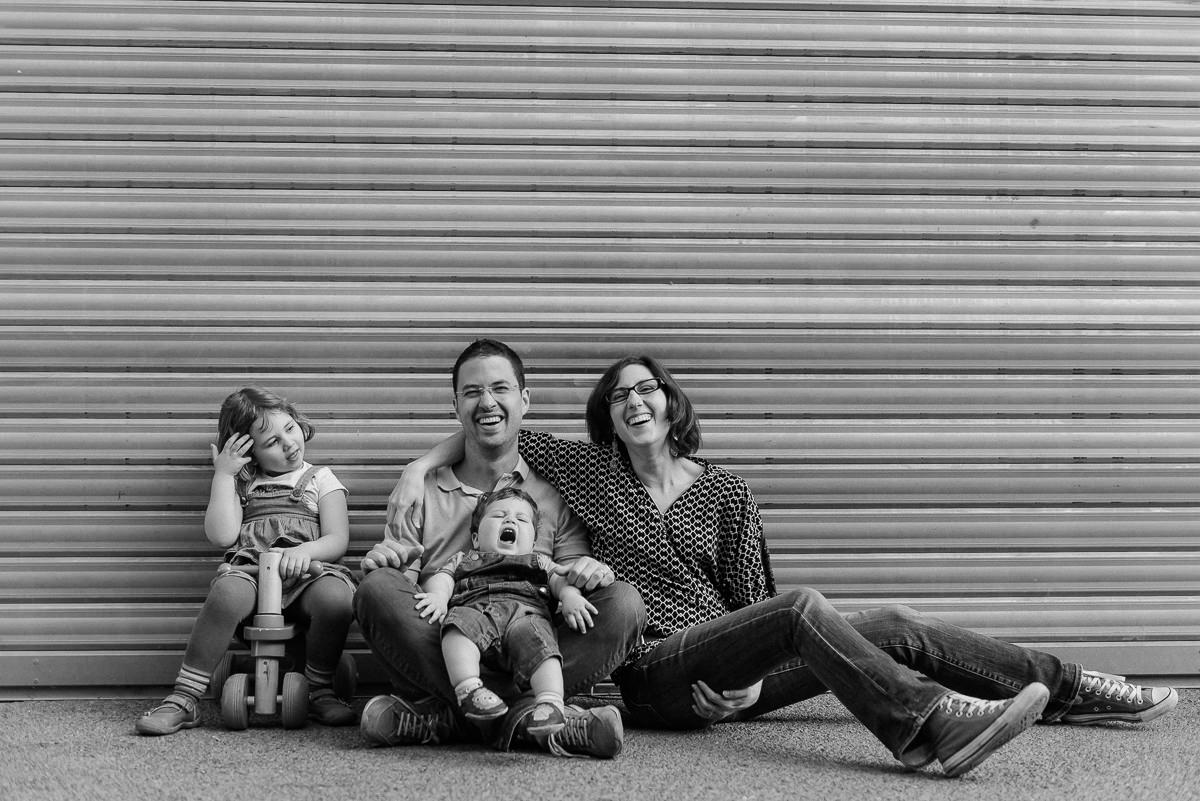 seance photo lyon en famille aux puces -17