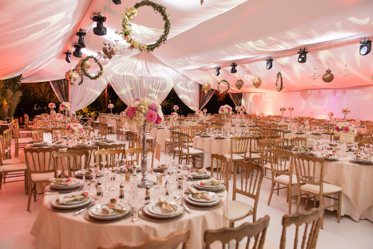 decoration mariage de luxe great location decoration de salle de mariage rennes with decoration. Black Bedroom Furniture Sets. Home Design Ideas