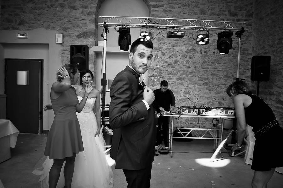 mariage-champetre-lyon-clos-des-liesses-ceremonie-laique-107