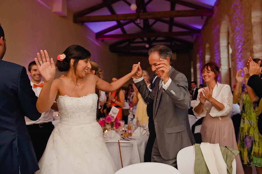 mariage-champetre-lyon-clos-des-liesses-ceremonie-laique-73