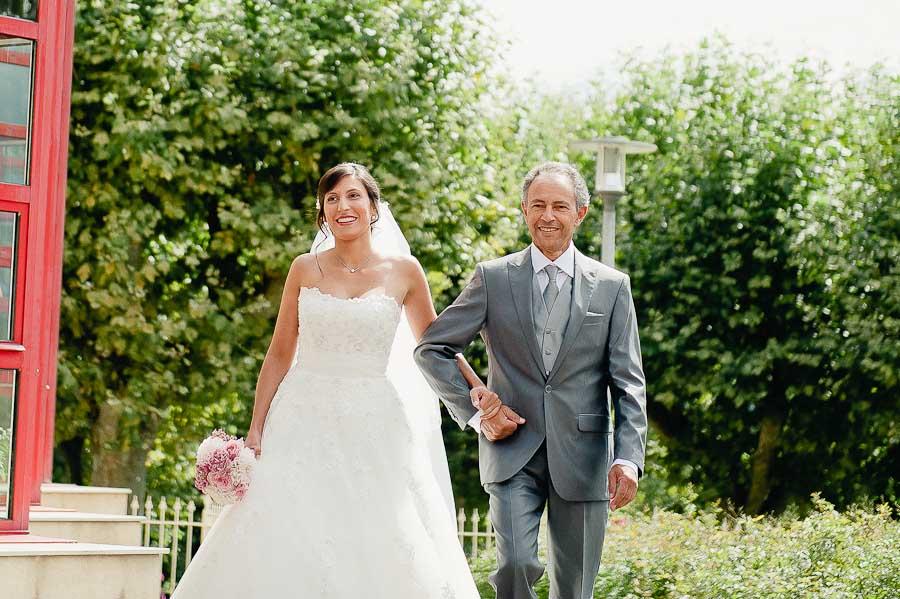 mariage-champetre-lyon-clos-des-liesses-ceremonie-laique-9