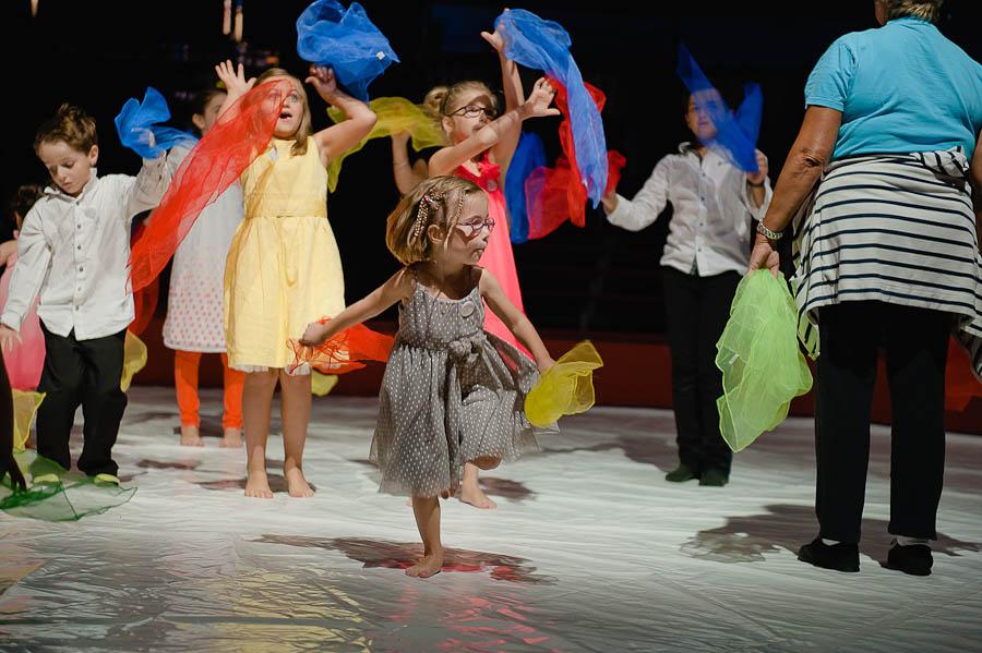 mariage-dans-un-cirque-ceremonie-laique-theatre-100