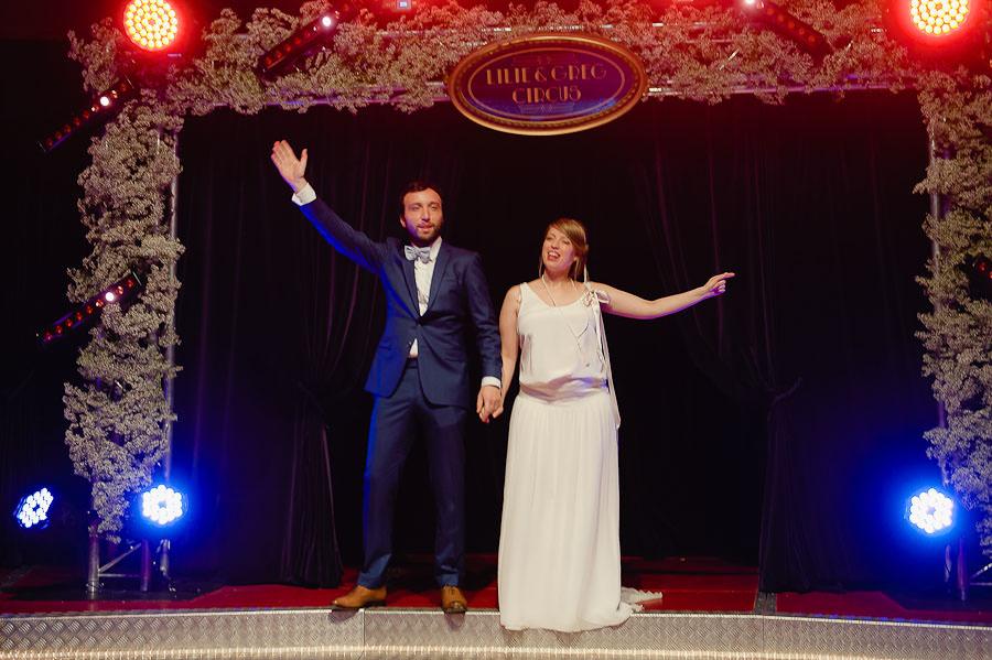 mariage-dans-un-cirque-ceremonie-laique-theatre-107