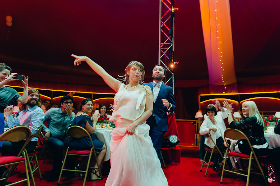 mariage-dans-un-cirque-ceremonie-laique-theatre-108