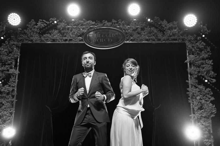mariage-dans-un-cirque-ceremonie-laique-theatre-109