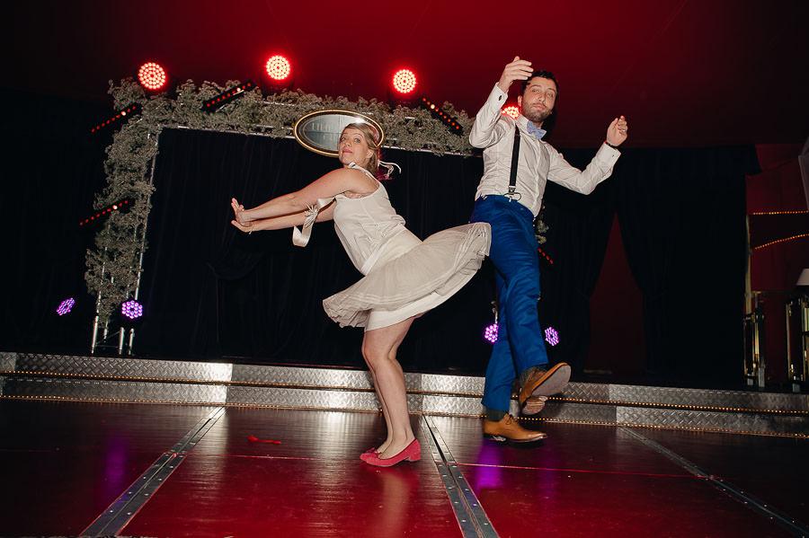 mariage-dans-un-cirque-ceremonie-laique-theatre-127