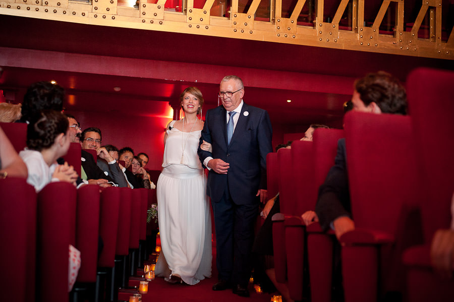 mariage-dans-un-cirque-ceremonie-laique-theatre-35