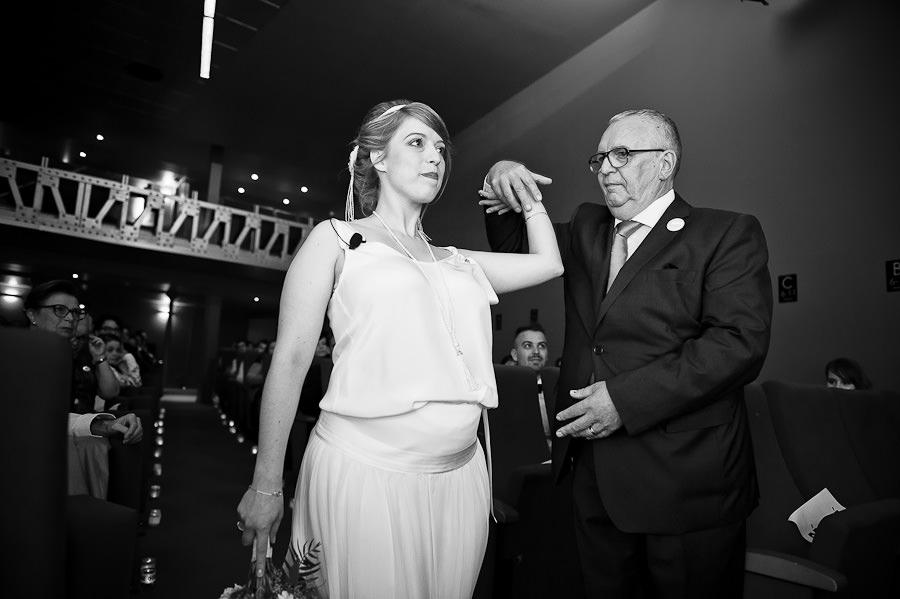 mariage-dans-un-cirque-ceremonie-laique-theatre-36