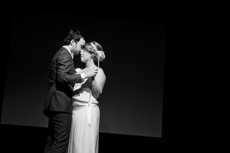 mariage-dans-un-cirque-ceremonie-laique-theatre-37