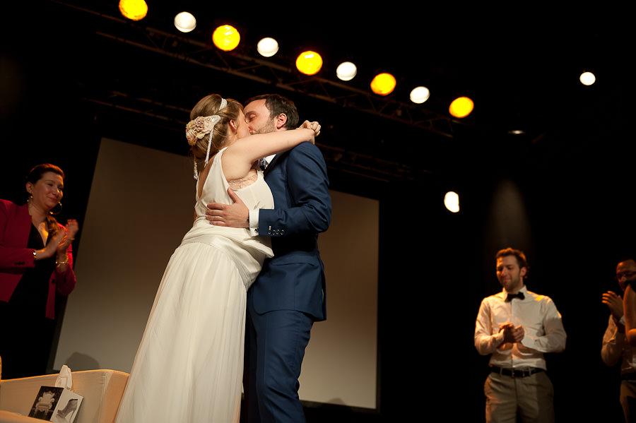 mariage-dans-un-cirque-ceremonie-laique-theatre-55