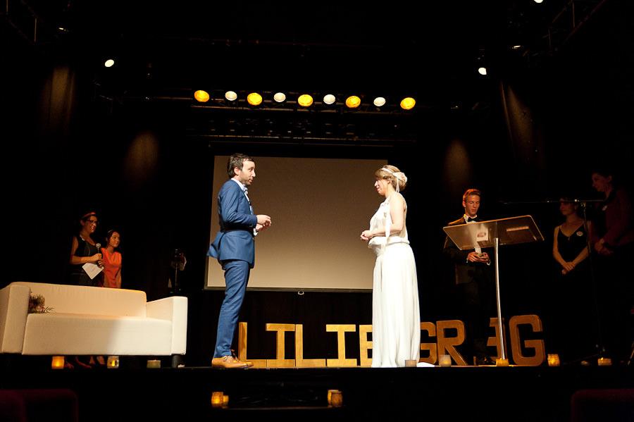 mariage-dans-un-cirque-ceremonie-laique-theatre-61
