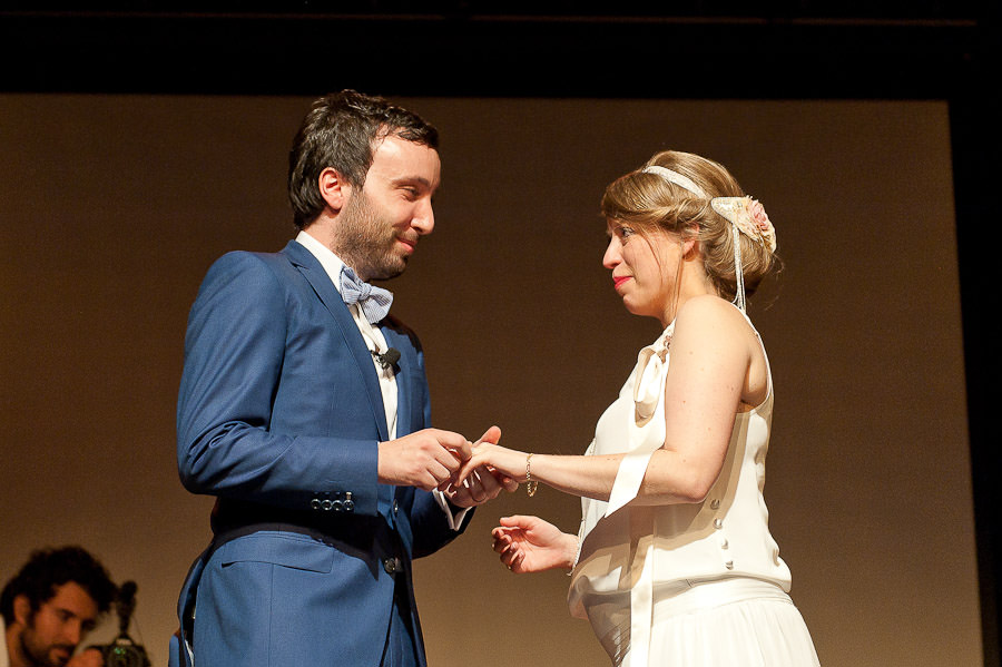 mariage-dans-un-cirque-ceremonie-laique-theatre-62