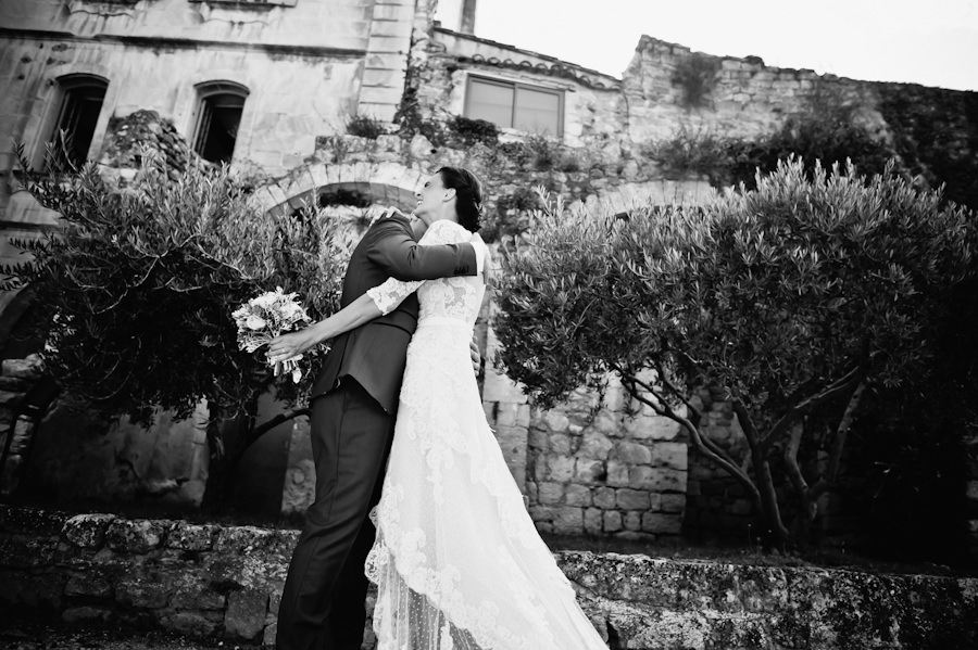 wedding-photographer-provence-gordes-oppede-27