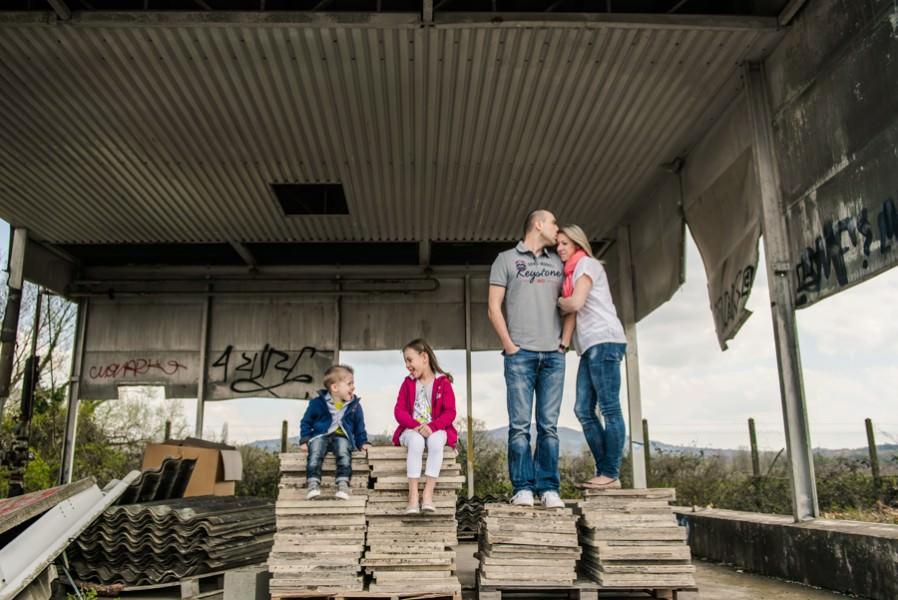 Séance photo en famille - Usine désaffectée Lyon