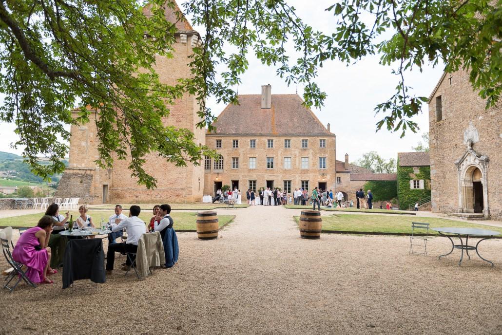 cocktail mariage au château de Pierreclos